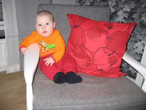Elise 5 månader